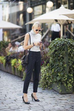 50 White Sleeveless Top Outfits Ideas 5