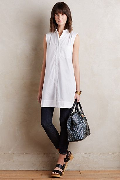 50 White Sleeveless Top Outfits Ideas 51