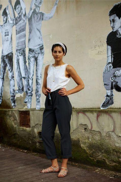 50 White Sleeveless Top Outfits Ideas 52