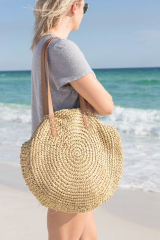 50 Woven and Bamboo Bags for Summer Ideas 15