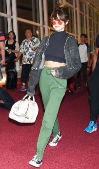 70 Ways Selena Gomes Styles with Sneakers Ideas 64