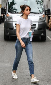 70 Ways Selena Gomes Styles with Sneakers Ideas 9
