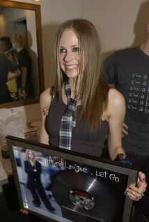 90 Old Avril Lavigne Styles Ideas 35