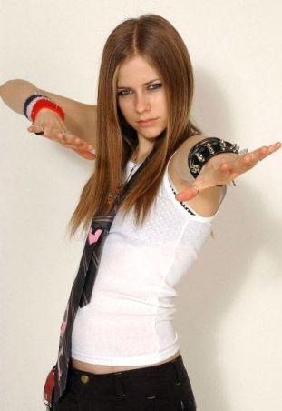 90 Old Avril Lavigne Styles Ideas 6