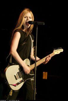 90 Old Avril Lavigne Styles Ideas 66