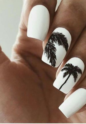40 Beach Themed Nail Art for Summer Ideas 11