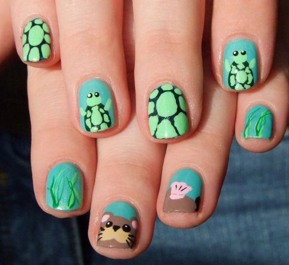 40 Beach Themed Nail Art for Summer Ideas 31