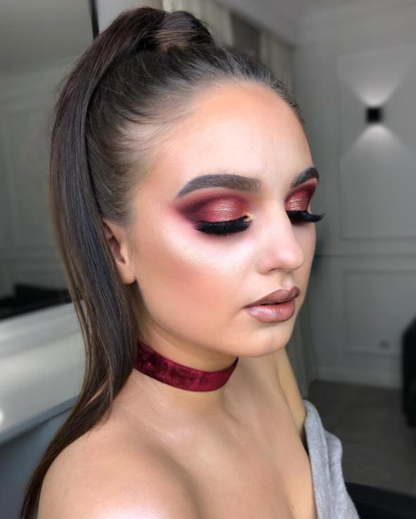 40 Burgundy Makeup Look Ideas 1