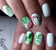 40 Cute Flamingo Themed Nail Art Ideas 41