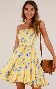 40 Fashionable Floral Print Dresses for Summer Ideas 25