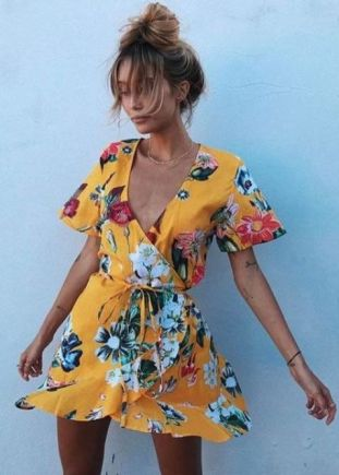 40 Fashionable Floral Print Dresses for Summer Ideas 3