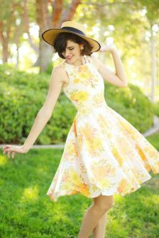 40 Fashionable Floral Print Dresses for Summer Ideas 31