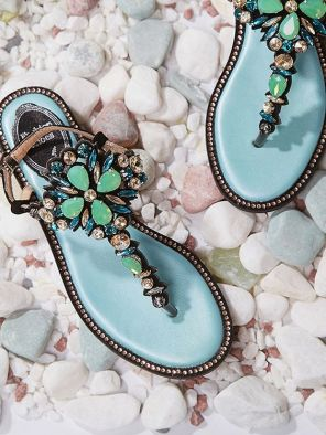 40 Glam Flat Sandals for Summer Ideas 2