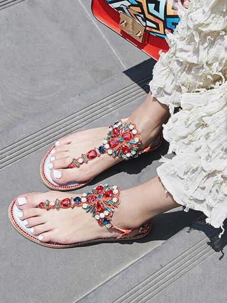40 Glam Flat Sandals for Summer Ideas 26