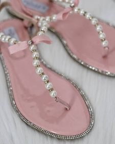 40 Glam Flat Sandals for Summer Ideas 31