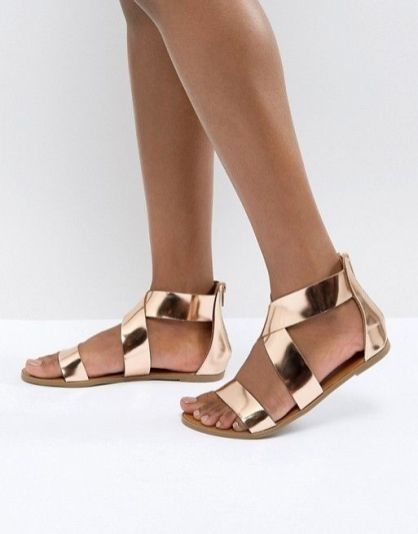 40 Glam Flat Sandals for Summer Ideas 43