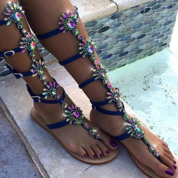 40 Glam Flat Sandals for Summer Ideas 6