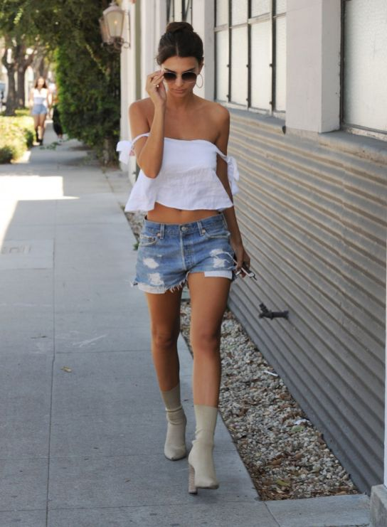 40 Hot pants Outfits for Perfect Summer Ideas 25