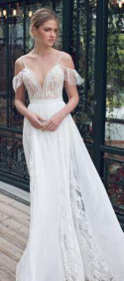 40 Off the Shoulder Wedding Dresses Ideas 27