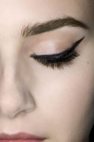 40 Simple Winged Eyeliner You Should to Copy 14