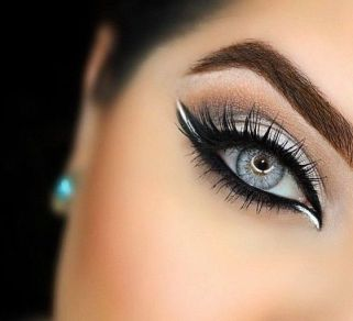 40 Simple Winged Eyeliner You Should to Copy 17