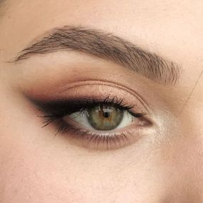40 Simple Winged Eyeliner You Should to Copy 26