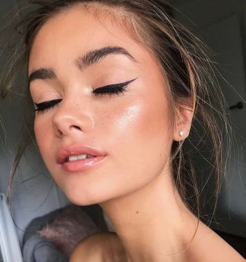 40 Simple Winged Eyeliner You Should to Copy 36