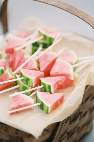 40 Summer Party Decoration Ideas 28