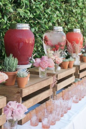 40 Summer Party Decoration Ideas 29