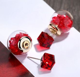 40 Tiny Lovely Stud Earrings Ideas 1