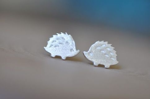 40 Tiny Lovely Stud Earrings Ideas 20
