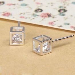 40 Tiny Lovely Stud Earrings Ideas 27