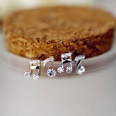 40 Tiny Lovely Stud Earrings Ideas 28