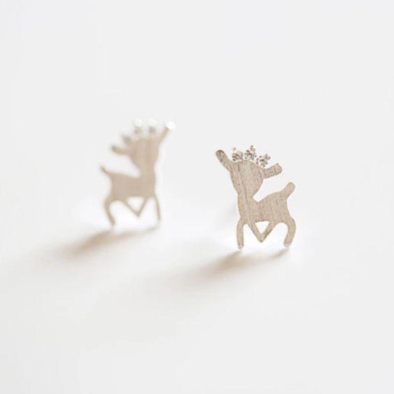 40 Tiny Lovely Stud Earrings Ideas 35