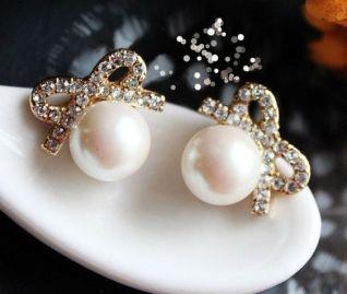 40 Tiny Lovely Stud Earrings Ideas 5