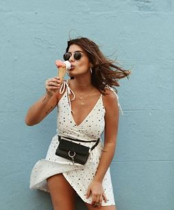 40 Ways to Wear Trendy Fanny Packs for Summer Ideas 10