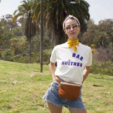 40 Ways to Wear Trendy Fanny Packs for Summer Ideas 29