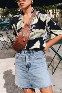 40 Ways to Wear Trendy Fanny Packs for Summer Ideas 31