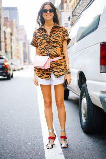 40 Ways to Wear Trendy Fanny Packs for Summer Ideas 44