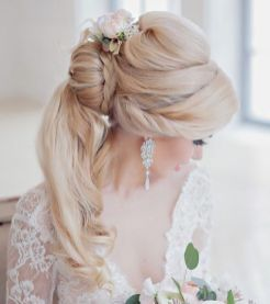 40 Wedding Hairstyles for Blonde Brides Ideas 23