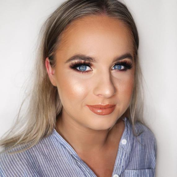 50 Blue Eyes Makeup You Need to Copy Ideas 13