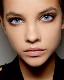 50 Blue Eyes Makeup You Need to Copy Ideas 44