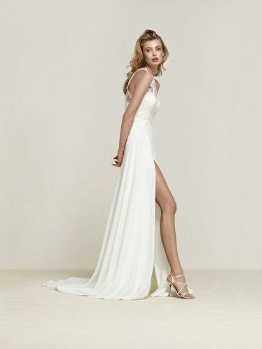 50 Bridal Dresses with Perfect Split Ideas 17