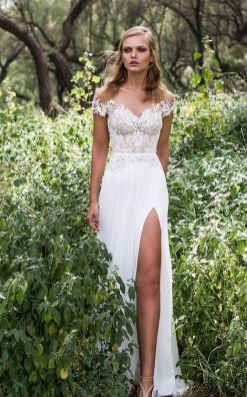 50 Bridal Dresses with Perfect Split Ideas 18