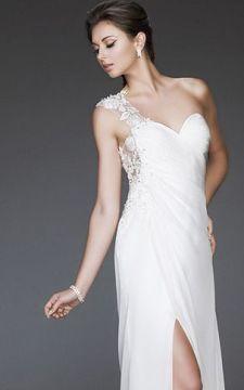 50 Bridal Dresses with Perfect Split Ideas 21
