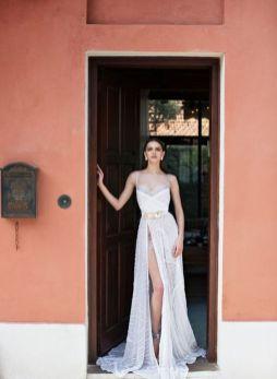 50 Bridal Dresses with Perfect Split Ideas 40