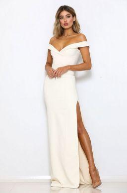 50 Bridal Dresses with Perfect Split Ideas 8