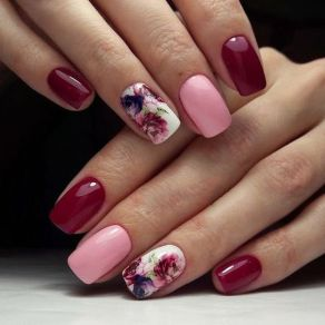 50 Floral Nail Art for Summer and Spring Ideas 40