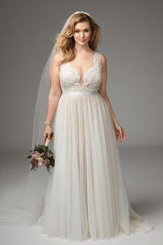 50 V Neck Bridal Dresses for Plus Size Ideas 21