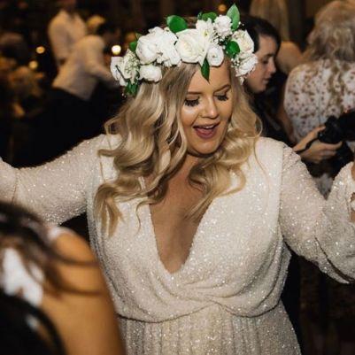 50 V Neck Bridal Dresses for Plus Size Ideas 33
